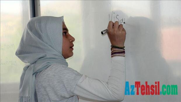 İranda orta məktəblərdə Azərbaycan dilinin tədrisinə başlanır