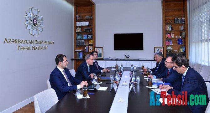 Təhsil naziri Ceyhun Bayramov Türkiyə Maarif Fondunun sədri ilə görüşüb