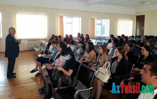 İnformatika müəllimləri üçün seminarlar keçirilir