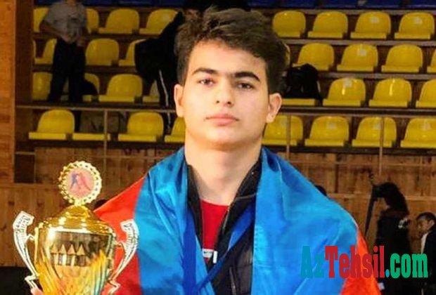 Azərbaycanlı məktəbli erməniyə qalib gələrək, qızıl medal qazandı - FOTO