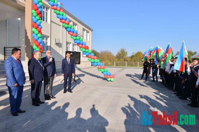 Ağdamda yeni məktəb binasının açılışı olub