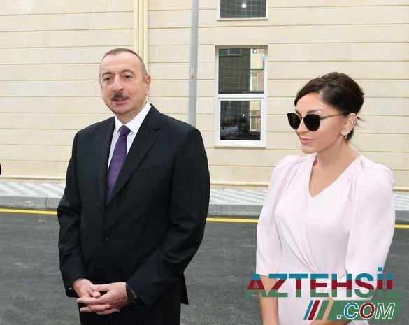 İlham Əliyev və Mehriban Əliyeva Bakıda yeni məktəbin açılışında