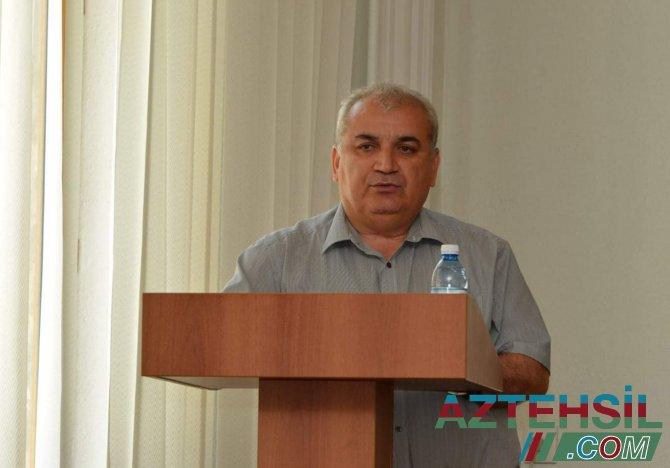 """""""Təhsilimizin  inkişafının kadr təminatı""""-Dosent İlham Əhmədov"""