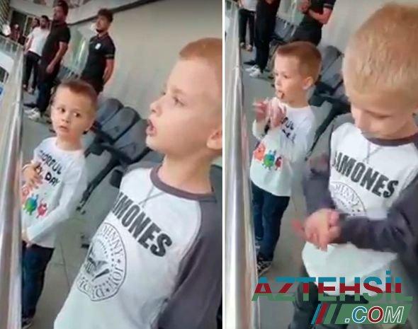 Serbiyalı uşaqlar Azərbaycan himnini oxudu - VİDEO